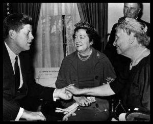 Helen Keller (r) with President J. F. Kennedy (1960)