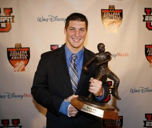tim-tebow-2007-davey-obrien-award-winner